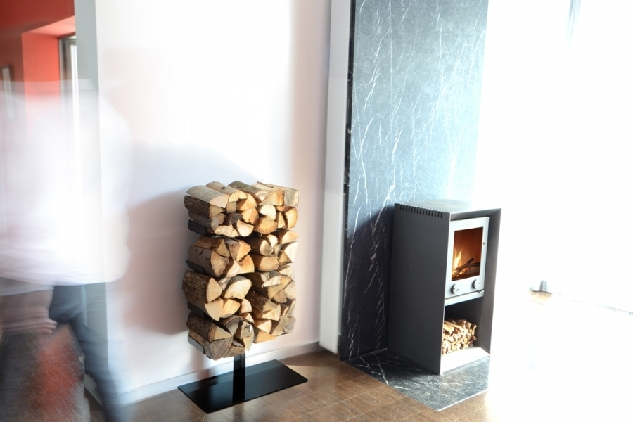 wooden tree kaminholzregal standversion von radius buerado. Black Bedroom Furniture Sets. Home Design Ideas