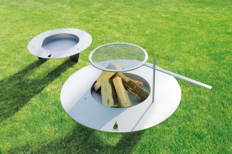 grillrost fireplate von radius design. Black Bedroom Furniture Sets. Home Design Ideas