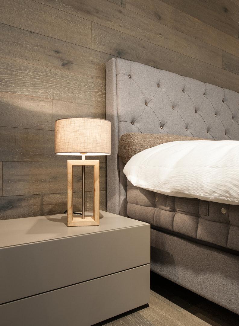 molte luce tischleuchte carin zum besten preis buerado. Black Bedroom Furniture Sets. Home Design Ideas