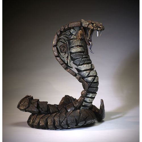 Edge Sculpture - Cobra Skulptur